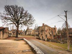 قرية أوغادور سوجولان – فرنسا