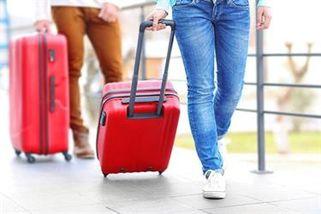bf40d3e6ddafe نصائح وإرشادات لاختيار حقيبة السفر المناسبة