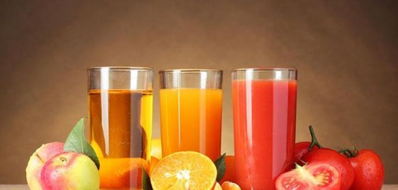 يمكن كذلك حرق الدهون من خلال اتباع بعض الممارسات، كالابتعاد عن عصائر الفواكه ومشروبات الطاقة والمشروبات الغازية