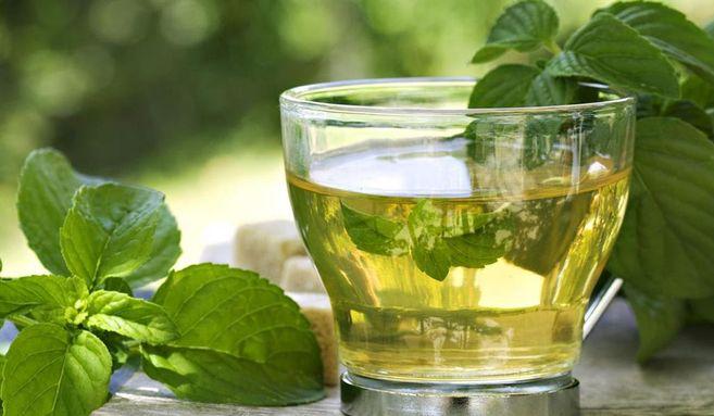 نتيجة بحث الصور عن هل تشتكي من انتفاخ المعدة؟.. 6 مشروبات تساعدك على التخلص منه
